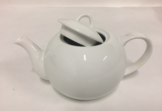 theiere porcelaine blanche