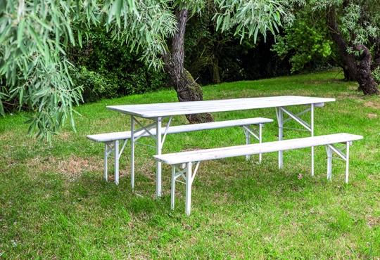 1 table PYLA et 2 bancs PYLA