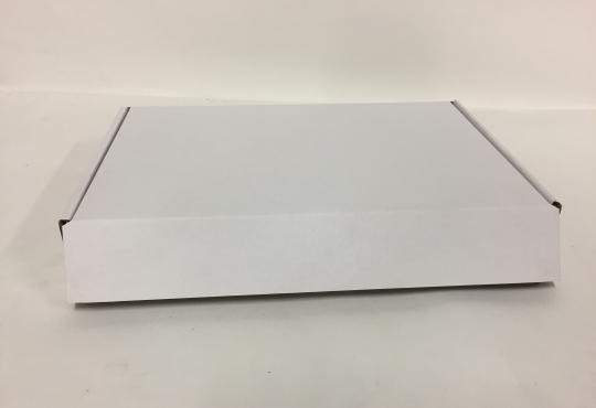 Boite pour plateaux traiteur 30 cm x 47 cm H.8 cm